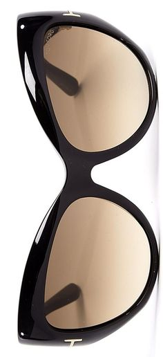 Tom Ford Accessories you need every day & more… Tom Ford Sunglasses, Ray Ban Sunglasses, Mirrored Sunglasses, Sunglasses Outlet, Sports Sunglasses, Black Sunglasses, How To Have Style, My Style, Jimmy Choo