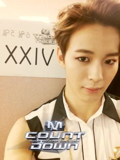 Hongbin is just KINDA perfect (and by that i mean hes fucking flawless <3 . <3 )