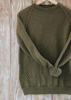 Christmas Tree Sweater Knitting pattern by Originally Lovely - Pulli Sitricken Sweater Knitting Patterns, Knit Patterns, Hand Knitting, Christmas Knitting Patterns, Stitch Patterns, Christmas Tree Sweater, Christmas Christmas, Knit Crochet, Crochet Hats