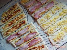 Bread Dough Recipe, Snacks Für Party, Dessert Recipes, Desserts, Hawaiian Pizza, Finger Foods, Allrecipes, Food And Drink, Fish