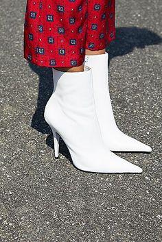 e71b77c107b 23 nejlepších obrázků z nástěnky shoes | Free people, Loafers & slip ...