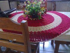 Toalha de mesa em crochê