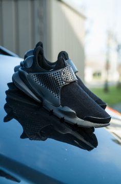 Nike, black, black fashion, black style, black accessories, all black, nike sportswear, sportswear, trends, sneakers, 2017,