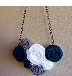 DIY Rosette Necklace