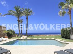 NUEVA PROPIEDAD DE LA SEMANA: Pareado de ensueño en primera línea del mar #ibiza http://www.engelvoelkers.com/es/ibiza/cala-tarida/pareado-de-ensuentildeo-en-primera-liacutenea-del-mar-w-01zq7r-3346551.1087062_exp/?startIndex=36&objectID=3346551.1087062&businessArea=&contactReason=visit&q=&facets=bsnssr%3Aresidential%3Bcntry%3Aspain%3Brgn%3Aibiza%3Btyp%3Abuy%3B&linkContactReason=visit&origin=exposee&pageSize=50&language=es&elang=es