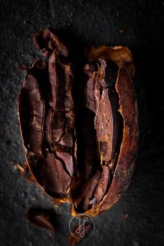 Helpful Cacao Strategies For Disaster preparedness Love Chocolate, How To Make Chocolate, Chocolate Lovers, Chocolate Recipes, Cacao Benefits, Cacao Beans, Theobroma Cacao, Brown Aesthetic, Food Design