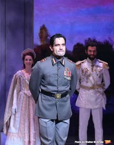 The hotly anticipated stage adaption of the animated classic, ANASTASIA opened on Broadway just last night at the Broadhurst Theatre. BroadwayWorld was on hand for the big night and we're taking you inside the curtain call below! Anastasia Broadway, Anastasia Movie, Anastasia Musical, Princess Anastasia, Broadway Plays, Broadway Theatre, Broadway Shows, Musicals Broadway, Theatre Geek