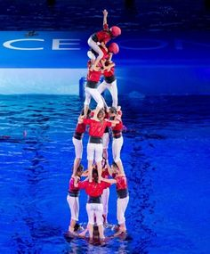 """Human castle, """"Castellers"""" in the water. Barcelona, Spain Travel, Olympics, Surfing, Castle, Sports, Holidays, Country, Towers"""