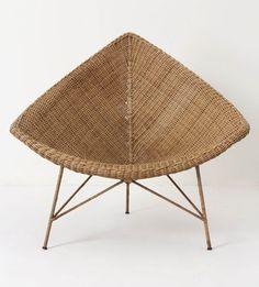 Wicker Paradise is your source for luxurious wicker patio furniture at affordable prices. We offer a wide array of wicker furniture. Sofa Rattan, Rattan Furniture, Sofa Chair, New Furniture, Furniture Design, Eclectic Furniture, Papasan Chair, Wicker Chairs, Eames Chairs