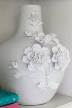 3d flower vase - would spray paint this a bright color, turquoise maybe?