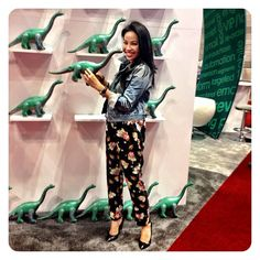 Having A Jurassic Park Moment @ #irce Convention In #chicago! #ykmyway By Yumi Kim
