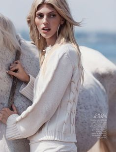 Devon Windsor is a free spirit in Vogue Mexico's November issue by Dean Isidro [editorial]