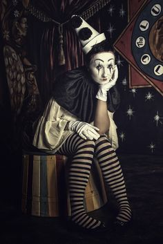'Sadness' Circus 2018 by Vicki-Lea Boulter - sad clown Pierrot sitting on podium in circus photo shoot setting Creepy Circus, Circus Clown, Creepy Clown, Clown Horror, Dark Circus, Circus Art, Vintage Clown, Vintage Circus Photos, Circus Photography