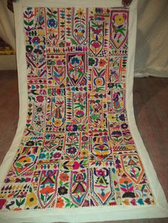Vintage Indian Cotton Embroidery Tapestry Patchwork Runner Wall Hanging Throw
