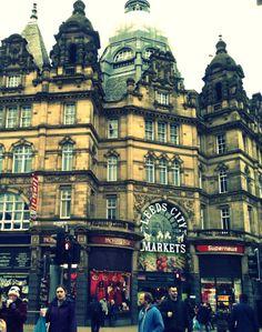Leeds Kirkgate Marketè il mercato coperto più grande della Gran Bretagna