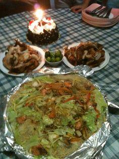 Pancit Bihon,Lechon Manok&Blackforest Cake