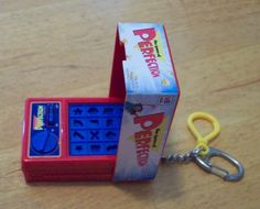 $1.99 2000 The Game of Perfection By Hasbro Key Chain