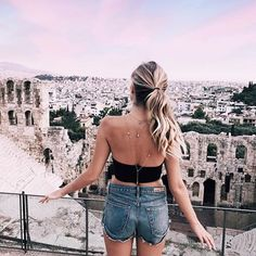 Dream days in Athens, now off to explore some Greek islands w @follifollie ✨! #35experiences #ad #follifollie #Athens #Acropolis