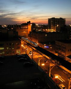 """West side sunset.  #Chicago #cta #westLoop #chicagoL"""