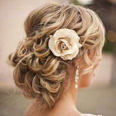 Perfect brides maids hair do
