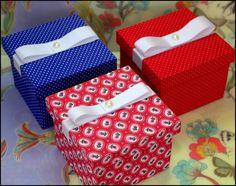 Caixinhas de MDF forradas com tecido 100% algodão.