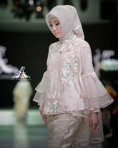 Kebaya Lace, Kebaya Hijab, Kebaya Dress, Kebaya Wedding, Muslimah Wedding Dress, Dress Muslimah, Kebaya Modern Dress, Dress Brokat, Glitter Dress