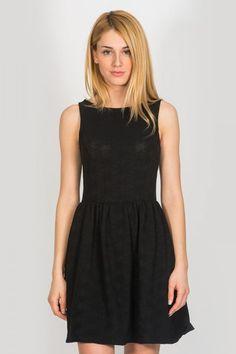 Φόρεμα κοντό εβαζέ με ανοιχτή πλάτη 4