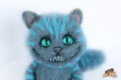 Beautiful Needle felting wool cute animals cheshire cat (Via @afonitoys)