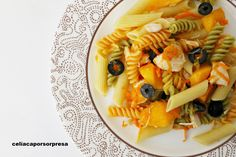 ensalada-de-pasta-con-pollo-y-melocoton Pasta Sin Gluten, Albondigas, Ethnic Recipes, Food, Spaghetti Bolognese, Pasta Salad, Ethnic Food, Vegetables, Recipes
