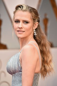 Teresa Palmer #TeresaPalmer Oscars 2017 Red Carpet in Hollywood Celebstills T Teresa Palmer The Oscars 2017