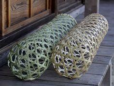 竹虎 虎斑竹専門店竹虎 真竹抱き枕六ツ目 白竹抱き枕六ツ目 真竹 白竹 快眠グッズ エコ 抱き枕 枕 bamboo 竹夫人 竹婦人 筒まくら Bamboo Art, Bamboo Crafts, Bamboo Fence, Bamboo Texture, Bamboo Weaving, Bamboo Architecture, Bamboo Basket, Bamboo Design, Kitchen Sets