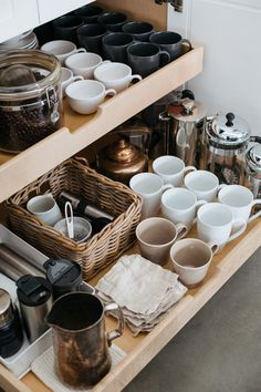 Home Interior Diy Helpful tips and ideas for organizing a beautiful kitchen coffee station.Home Interior Diy Helpful tips and ideas for organizing a beautiful kitchen coffee station. Coffee Station Kitchen, Coffee Bar Home, Home Coffee Stations, Coffee Coffee, Ninja Coffee, Coffee Bar Station, Coffee Flour, Coffe Bar, Coffee Area