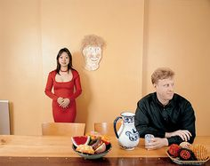 Happy Together, Alex and Eric(왼쪽), Hiroko and Ken(오른쪽), 김옥선, 2004  국제결혼, 성적 소수자 커플과 같은 전통적으로 사회에서 정의 내린 정상적인 커플이 아닌 커플들을 그들의 실제 공간에서 촬영한 시리즈 사진 작품이다. 시리즈 제목 (Happy Together)처럼 그들은 함께해서 행복한 것인데 이들의 시선의 어색함, 사진이 바라보는 공간에서 주는 어색함이 강렬하다. 이들이 전형적이고 이상적인 커플이 아니라서, 단지 성적 소수자들과 국제결혼 커플이라 사람들이 느끼는 당혹감과 이상한 호기심은 이 커플들의 탓일까, 아니면 받아들이지 못하는 우리의 시선 탓일까?