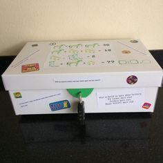 VERJAARDAGSKADO: ESCAPE THE BOX   Wie jarig is... trakteert! Diy Presents, Diy Gifts, Escape Box, Escape The Classroom, Detective Party, Breakout Boxes, Escape Room Puzzles, Birthday Box, Birthday Treats