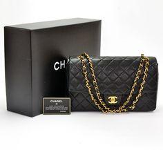 Chanel Black Vintage Quilted leather shoulder bag