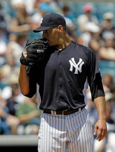 344c6561 Pettitte returns to Stadium mound Sunday Andy Pettitte will make his return  to the Major Leagues and the Yankees on Sunday, when he will be the  starting ...