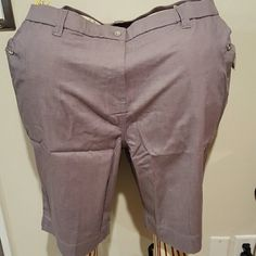 Susan Graver Grey lightweight twill shorts Cotton spandex blend lightweight shorts. All four Pockets have button closures that match the button on the zipper fly. Inseam 11.5 inches. Brand new with tags and never worn. Susan Graver Shorts Bermudas