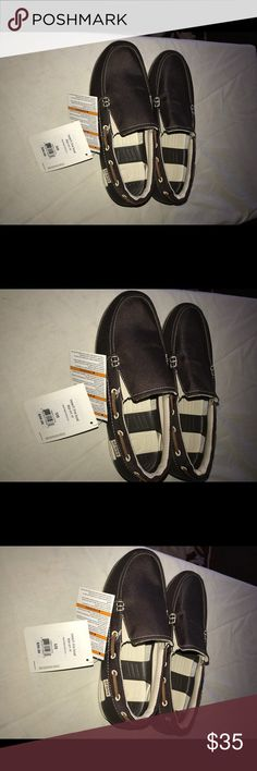 e4b342bbe3a7a8 Crocs Men s Boat Shoes Crocs for men Size 8M Never used CROCS Shoes Flats    Loafers