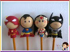 Resultado de imagen para fofuchas Handmade Crafts, Diy And Crafts, Diy For Kids, Crafts For Kids, Pen Toppers, Polymer Project, Cute Pens, Polymer Clay Dolls, Fondant Figures