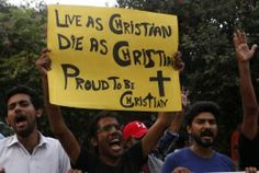 Pakistan Muslims Protect Christians From Islamic Extremists, Form Human Chain Around Church