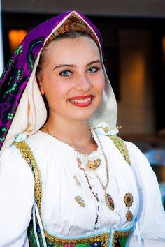https://flic.kr/p/oH6dcW | Momenti di folklore villasor | Costume Villasor  ------------- Facebook -----------          500px   ------------
