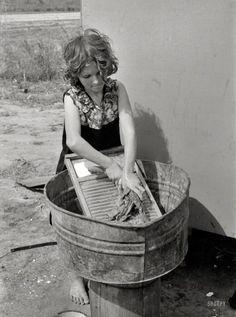Texas Laundress: 1939