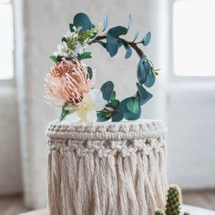 This stunning eucalyptus floral cake topper is handmade in the UK by Luna + Wild, the perfect finishing touch to any rustic wedding cake. Gypsophila Wedding, Eucalyptus Wedding, Wedding Hair Flowers, Rose Wedding, Flowers In Hair, Silk Flowers, Floral Wedding, Wedding Cake Toppers, Wedding Cakes