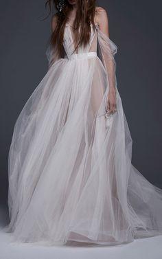 The Felisa Gown by VERA WANG for Preorder on Moda Operandi