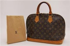 my first LV and purchased off ebay! I could not be happier!!!! Do not like the look of the new I prefer the patina of a vintage bag and this one is drop dead gorgeous the pics do not do it justice. I will post more pics after I give him a clean and condition. ♥♥♥♥