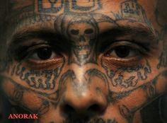 These are gang tattoos of inmates in South America prisons. The ornately tattooed Mara Salvatrucha and the Street gang members are many. 18th Street Gang, Tango Blast, Tattoo Caveira, Ms 13 Gang, Face Tattoos, Tattoos With Meaning, Chicano, Honduras, Crime