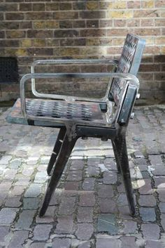 TOM DIXON // Flame Chair