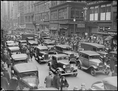 Crowded Washington Street at corner of Bromfield. Boston Public Library via Flickr.
