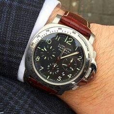 Panerai Daylight chronograph Man Watches, Panerai Watches, Luxury Watches For Men, Sport Watches, Beautiful Watches, Chronograph, Leather Boots, Behavior, Men's Fashion
