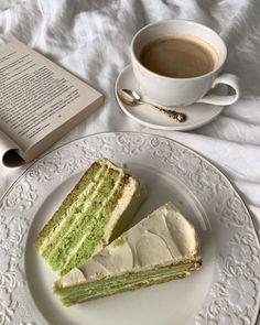 Cafe Food, Food N, Junk Food, Good Food, Food And Drink, Yummy Food, Aesthetic Food, Cravings, Sweet Tooth